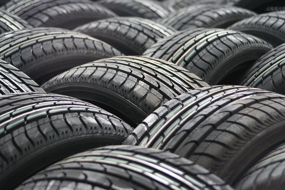 car-tyres-63928_960_720