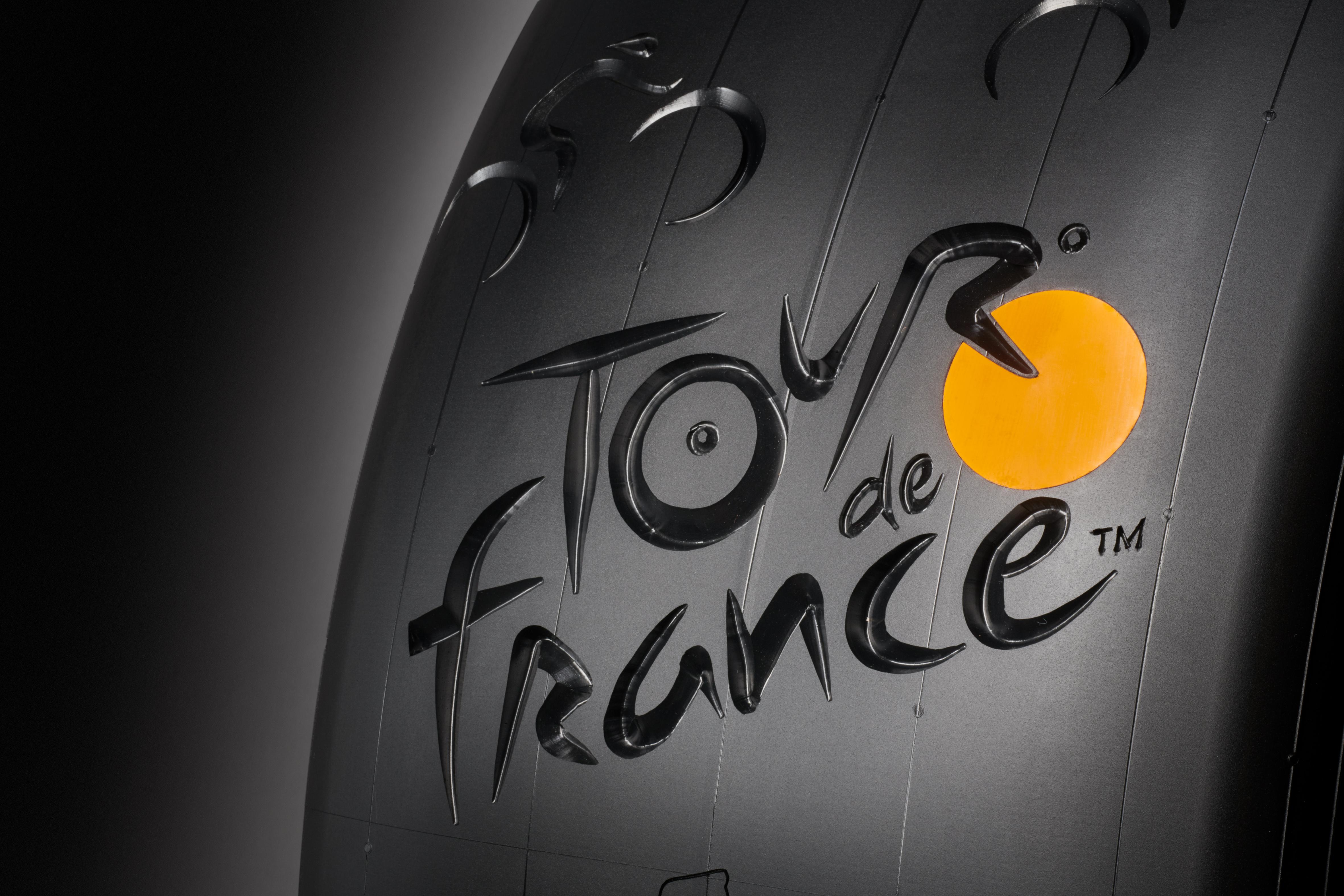 Conti 190212 Tour de France Reifen6073