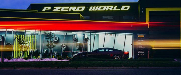 Víte, co je pneu-boutique? Pirelli otvírá svou pátou luxusní prodejnu, už má jednu na každém hlavním kontinentě
